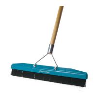 Grandi Groom Carpet Brush